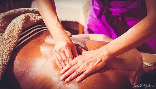 massage du dos, nuque et tête